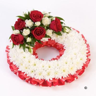 Traditional Wreath   White and Red